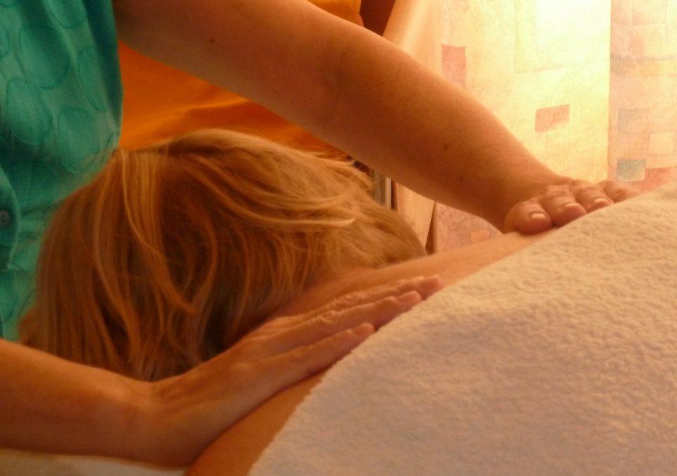 Hoe holistische massagetherapie kan helpen bij een depressie